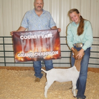 chloe silka grand champion county
